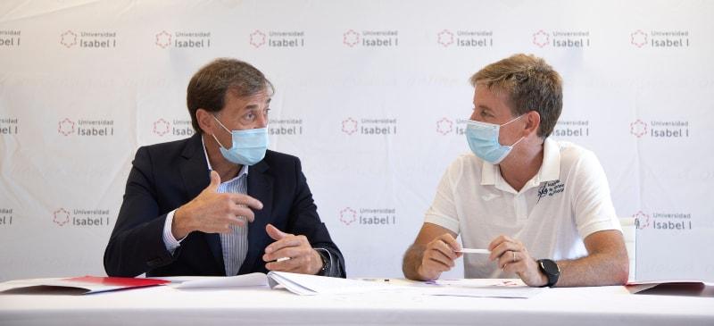 La AJFS y AJFSF firman un convenio de colaboración con la Universidad Isabel I.