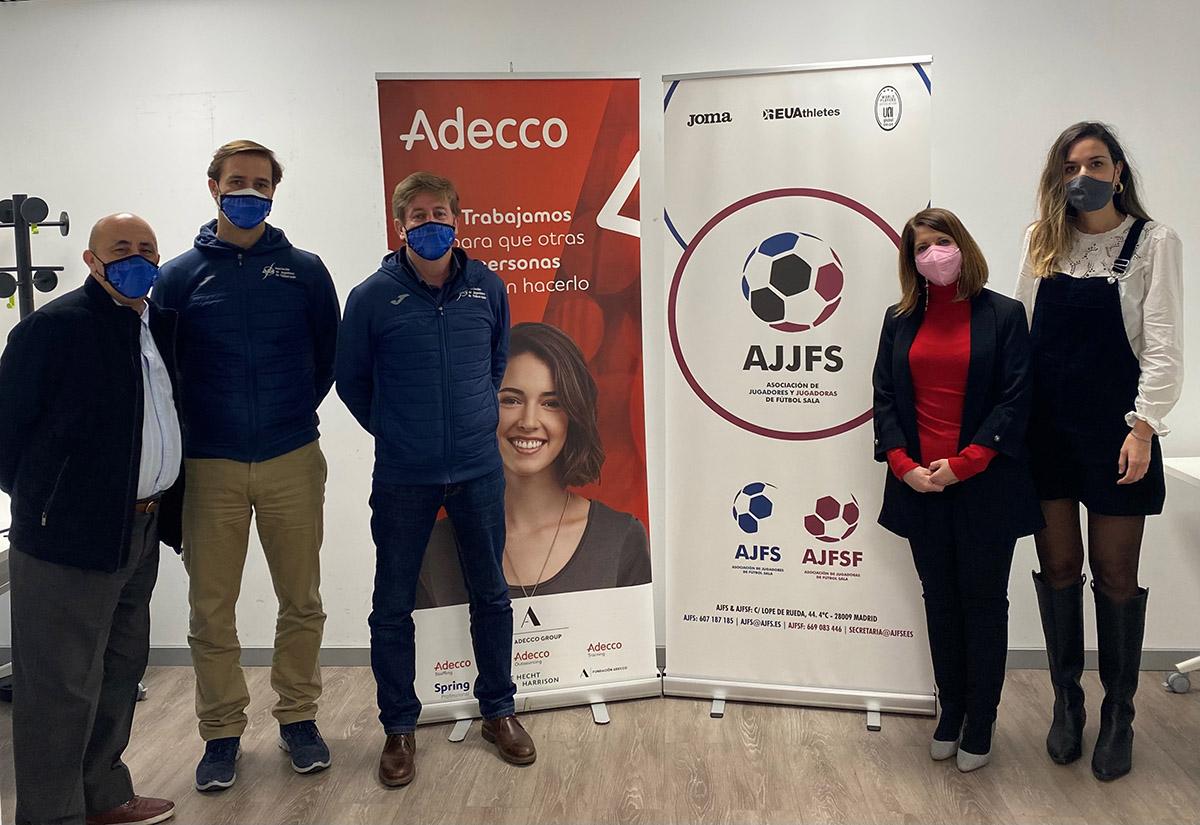 Adecco Outsourcing y la AJJFS firman un acuerdo para mejorar la inserción laboral de jugadores y jugadoras de fútbol sala